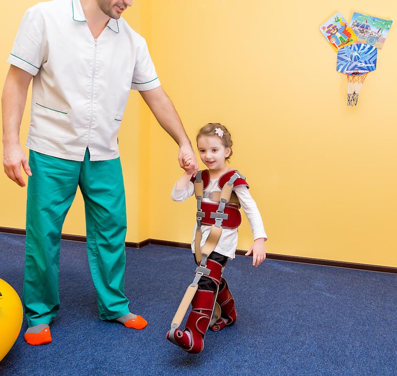 """""""Gravistat"""" rehabilitation costume"""